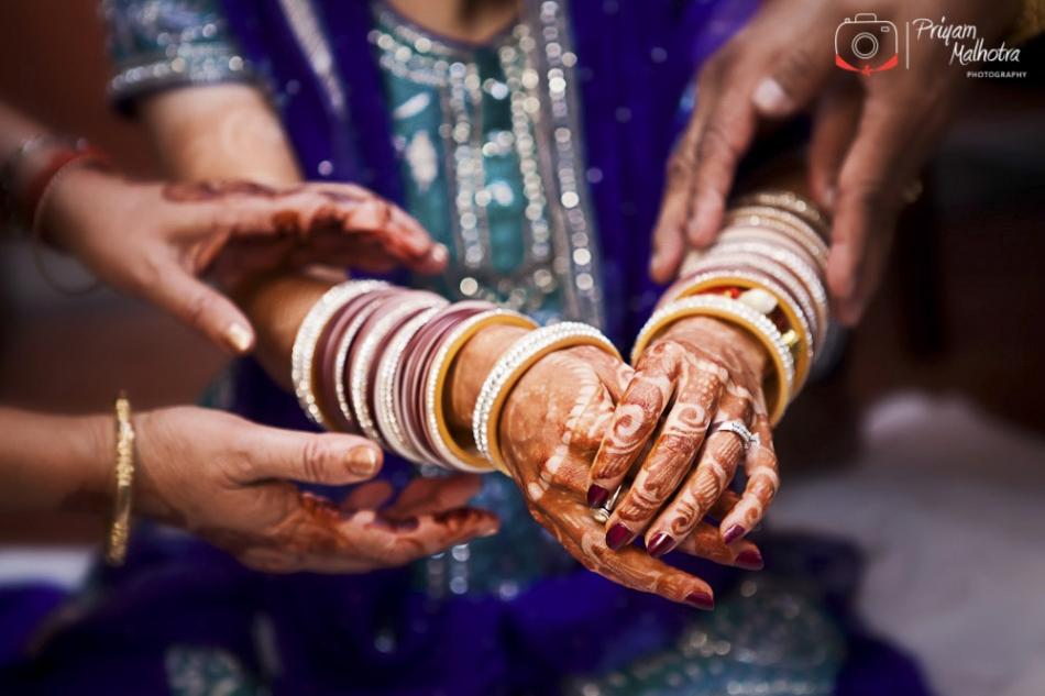 Traditional Punjabi Chura Ceremony Photography